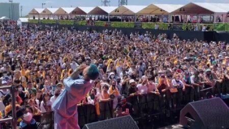 【国民も既にコロナは嘘だと知っている】愛知県で開催された音楽フェスに1万人来場 超密状態で酒ありマスクなしで大いに盛り上がる