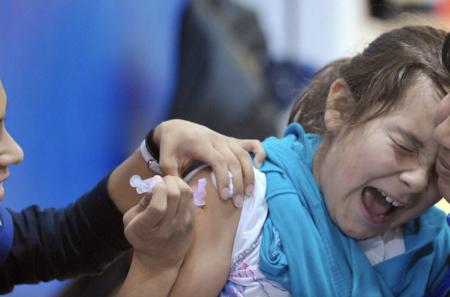【VAERSによる報告】アメリカでコロナワクチン接種をした6歳〜17歳の子供たち73人が失明 48人が耳が聞こえなくなる