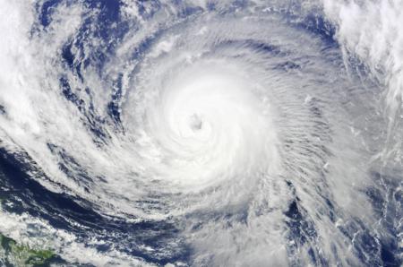 """政府が""""気象操作""""の研究を公に支援するとの方針を発表 ケムトレイル被害拡大の恐れも"""