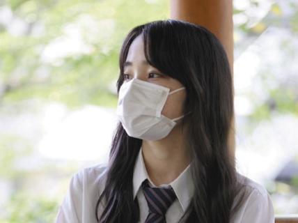 【東京新聞】「若者がコロナに感染すると後遺症も恐ろしい」と庶民を洗脳するために起用したクライシスアクター「野間美帆」が、インスタに元気そうな姿をアップしてしまう