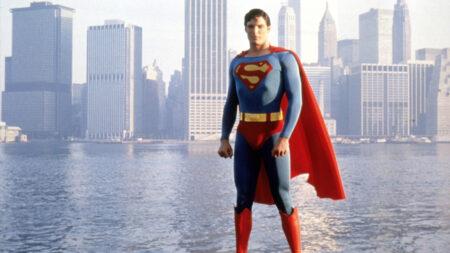 【創価学会の悪あがき】子供たちの憧れ「スーパーマン」がバイセクシュアル(両性愛者)をカミングアウト 漫画でLGBT思想を広める