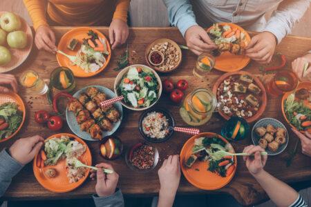 砂糖も塩も肉もたっぷりと食べて健康になる(十二弟子・ミナさんの証)