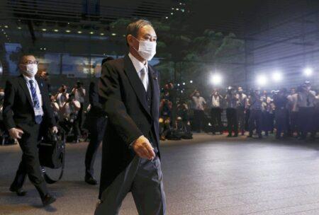 支持率過去最低の40% コロナで首を絞めた菅内閣