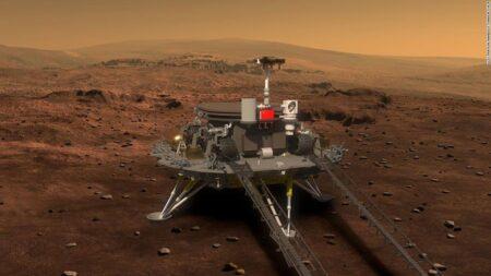 【怪しさ満点】中国探査機、火星に着陸成功
