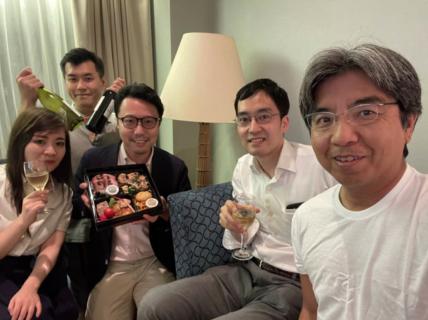 コロナは商売だと主張する慈恵医大の大木隆生、ワクチン大規模接種のために神戸に到着後すぐさま宴会