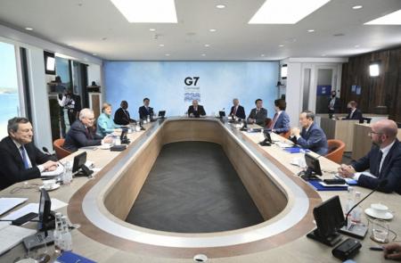 G7がワクチン10億回分供与で合意 反ワクチンを主張しながら、ワクチン推進派のトランプを支持するQアノンの矛盾
