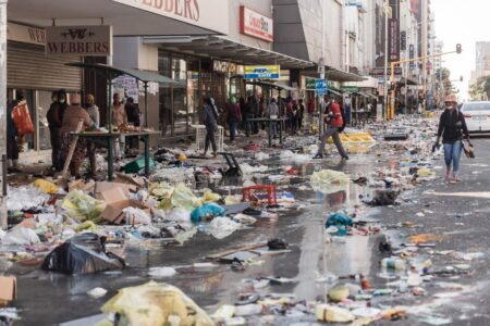 南アフリカが国家崩壊 コロナ対策で生じた貧困により大規模な暴動・略奪