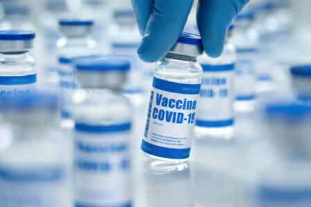 【厚労省発表】コロナワクチン接種後の死者916人 依然としてワクチン接種との因果関係は一件も認めず