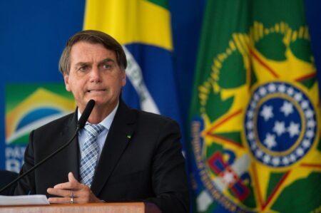 ブラジル大統領、国連で自国民への接種義務付け反対を強調 一方、抗マラリヤ薬の「ヒドロキシクロロキン」をコロナ治療薬として推奨し別方向から人口削減を推進