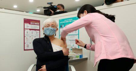 【韓国でも進む人口削減】たった2日間でコロナワクチン接種の副反応が5828件、うち死者12人